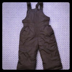 Black toddler snow pants.